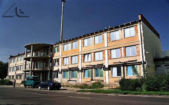 Prace remontowe budynku firmy BJM mieszczącego się przy ulicy Wileńskiej.