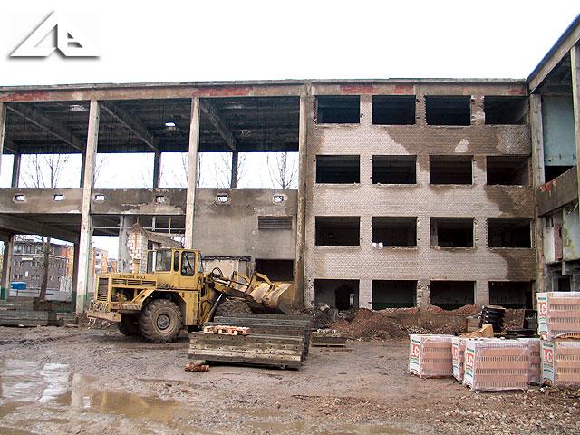 Teren starej huty szkła - budowa nowego centrum handlowego.
