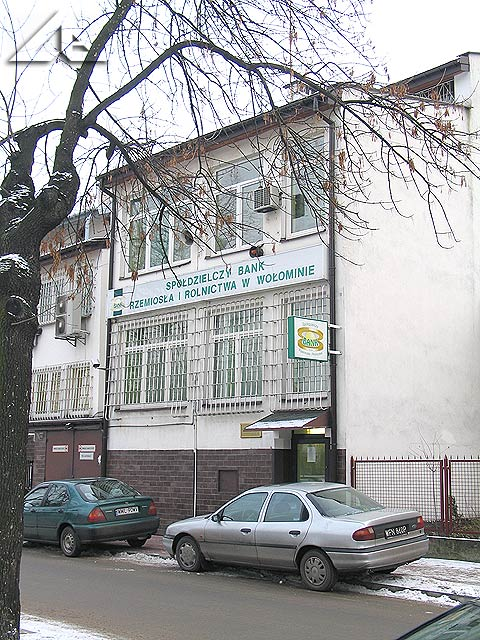 Budynek banku przy ulicy Moniuszki.