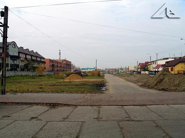 Widok z ulicy Lipińskiej w kierunku północnym na ulicę Reja.
