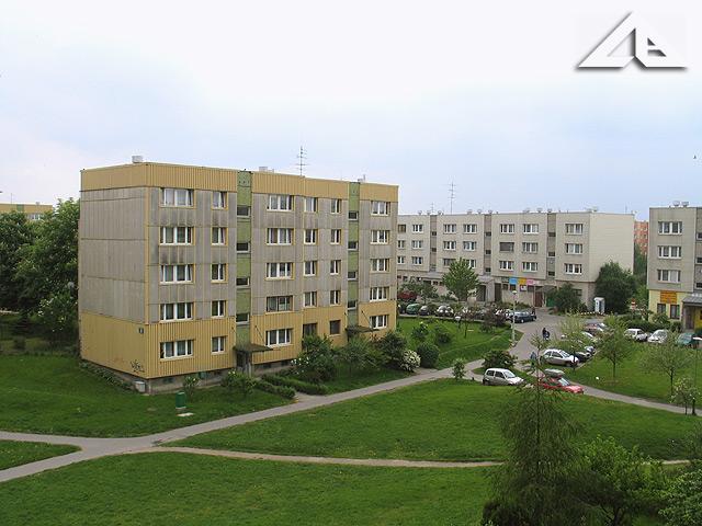 Blok przy ulicy Bolesława Chrobrego 8.<br>Widok w kierunku południowo-zachodnim.