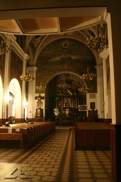 Wieczorne czuwanie modlitewne przy grobie Pana Jezusa w parafii pw. Matki Bożej Częstochowskiej
