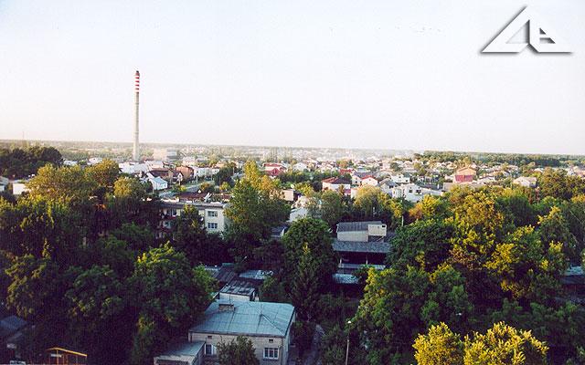 A tu szeroko rozciąga się panorama na Lipiny Nowe i Duczki z osiedla Niepodległości.