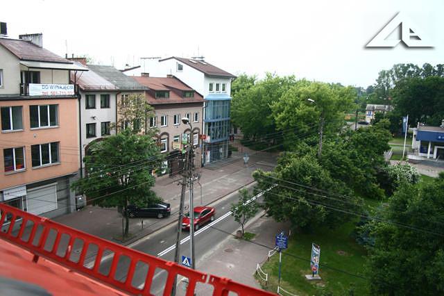 Widok z budynku przy Wileńskiej 32 (stara szkoła nr 1) w kierunku północnym.