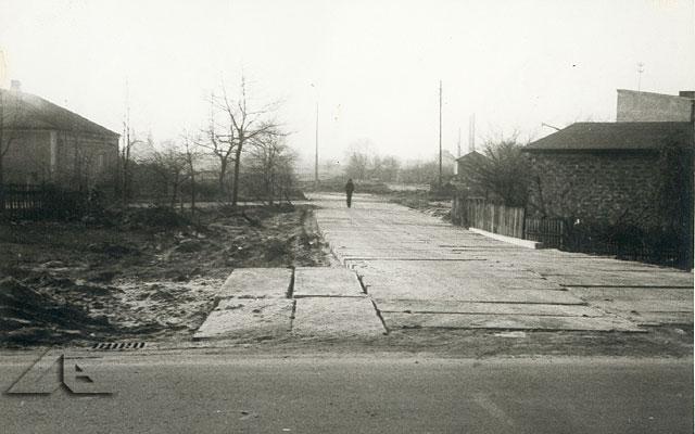 Kolejne pamiątkowe zdjęcie z miejsca budowy osiedla Niepodległości